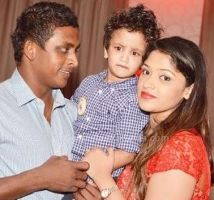 Ajantha Mendis wife photos
