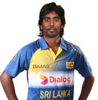 Nuwan Pradeep Batting career batting and bowling average