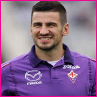 Nenad Tomovic player, height, wife, family, profile and club career
