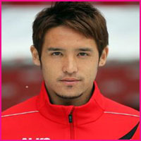 Hajime Hosogai player, height, wife, family, profile and club career