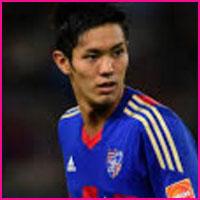 Yoshinori Muto player, height, wife, family, profile and club career