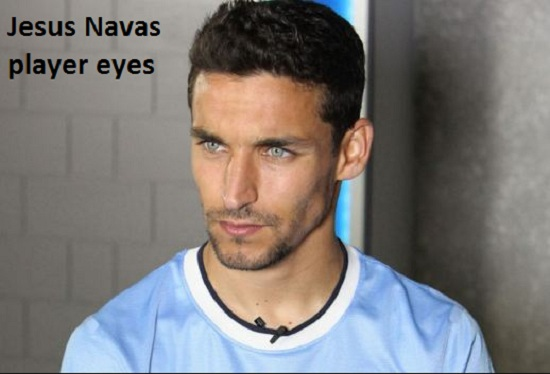 Jesus Navas Profile, height, wife, girlfriend, family, salary, eyes and club career