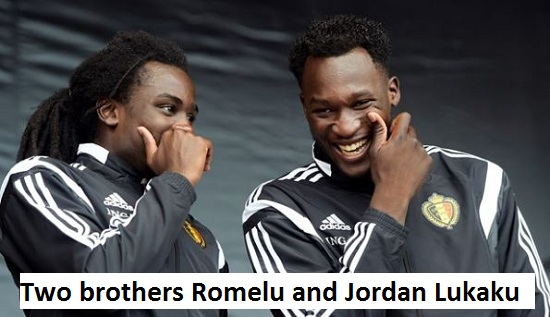 Romelu Lukaku with his brother