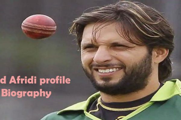 Shahid Afridi Cricketer, Batting, bowling, age, height, family and so