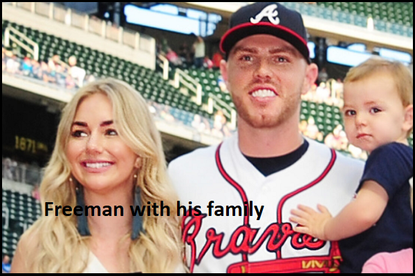 Freddie Freeman with his wife
